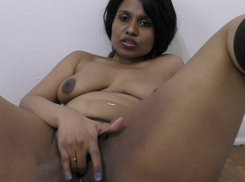 Indian Girl Orgasm Porn Horny Lily Squirt Videos